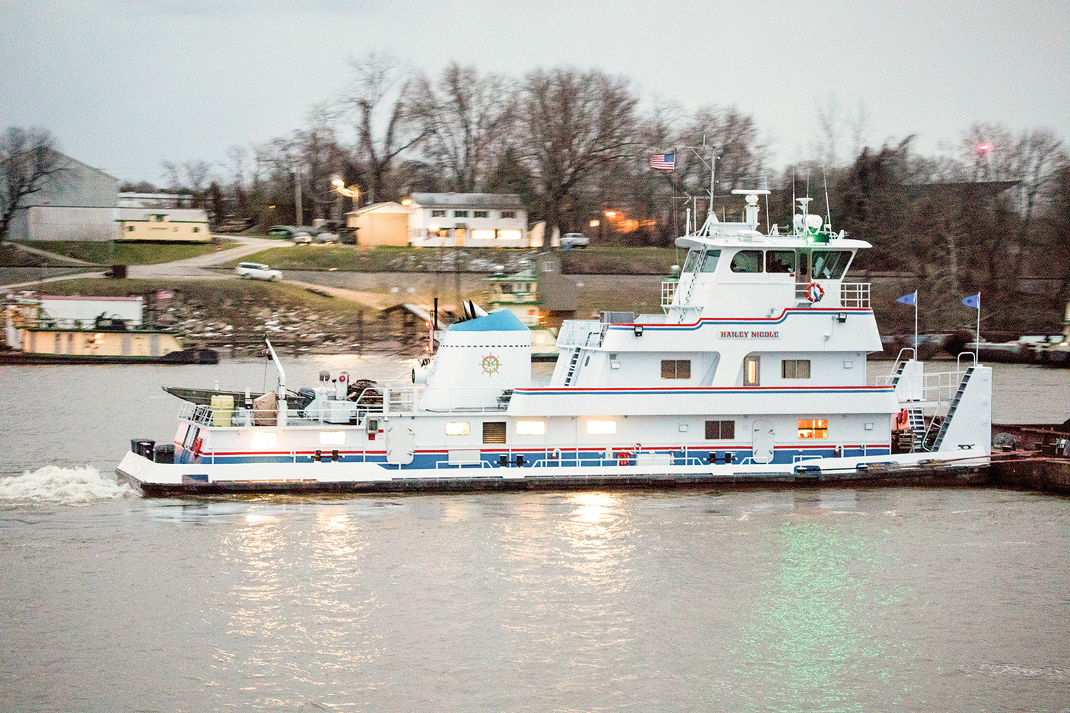 Imperial River Transport Buys Towboat