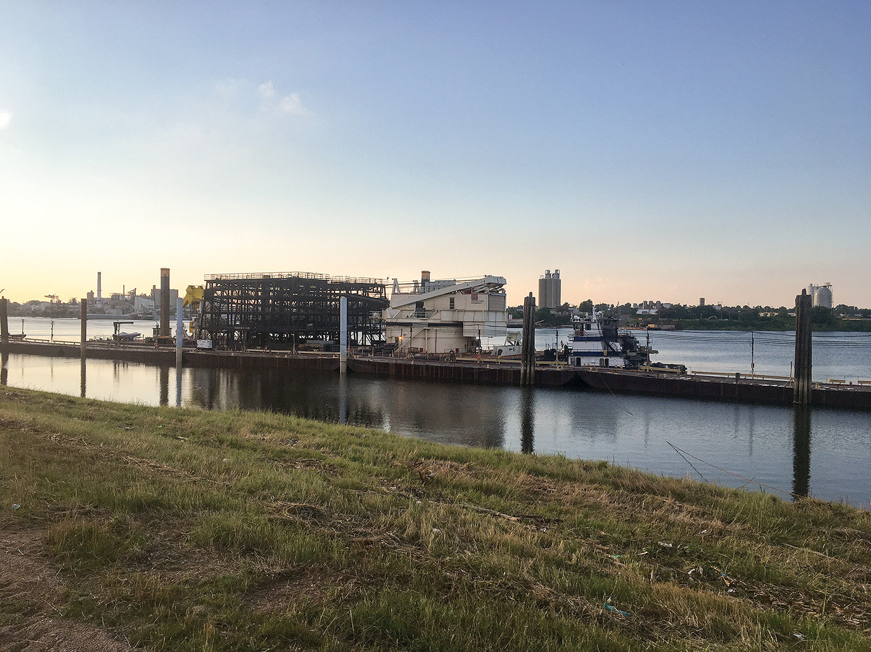 Corps crane barge Henry M. Shreve en route to Mobile, Ala.