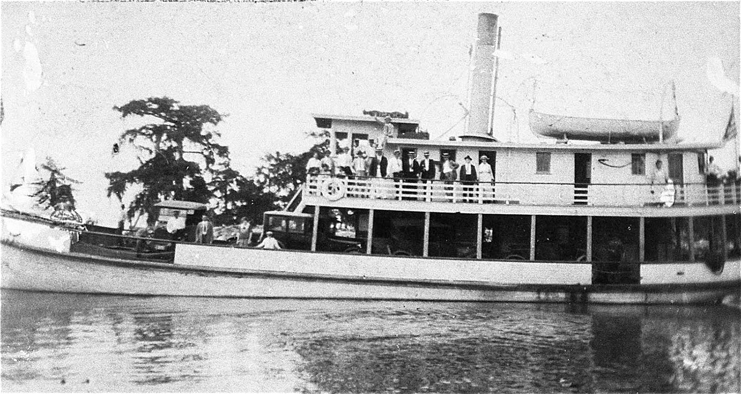 The 100-hp. automobile ferry Leta served Chef Menteur, the Rigolets, and Pearlington, Miss., in the 1920s.