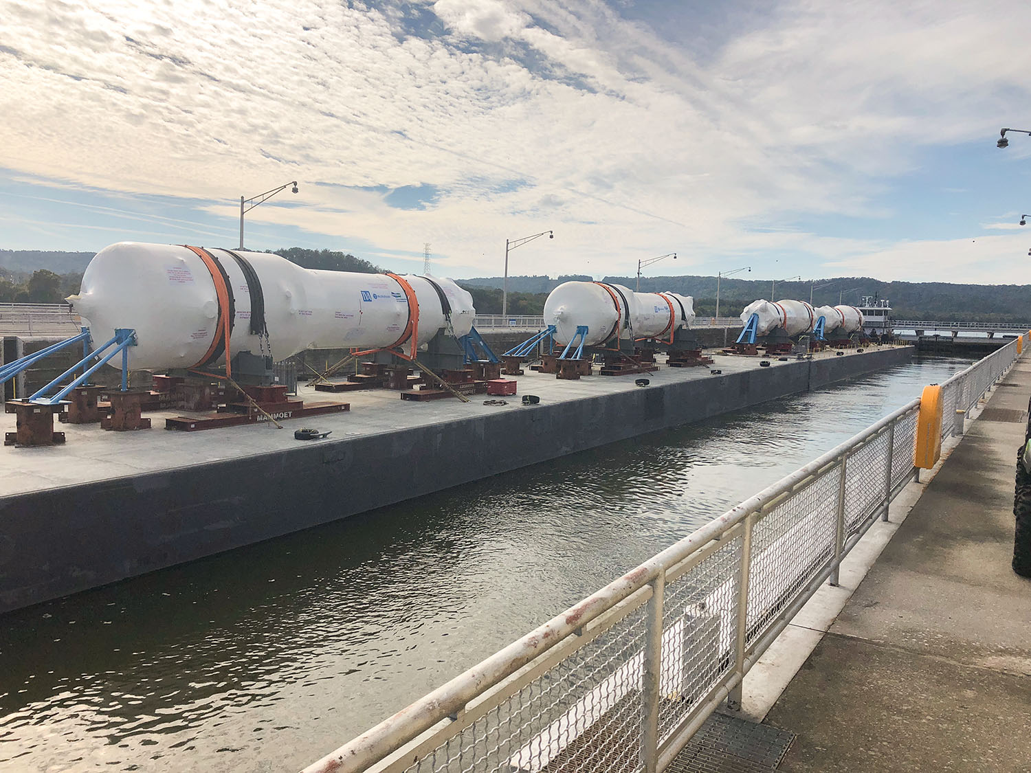 Steam generators pass through Tennessee River lock en route to TVA plant.