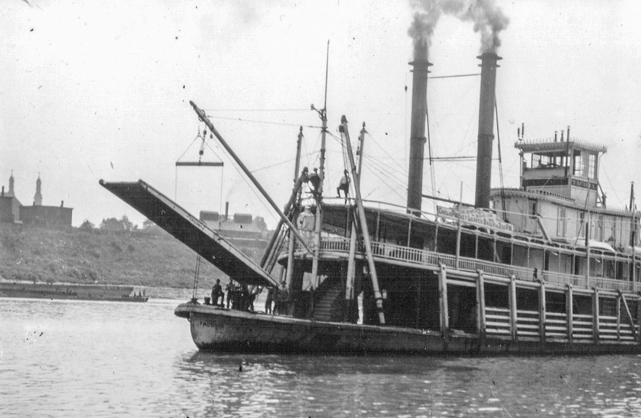 The Tacoma in the Cincinnati harbor. (Keith Norrington collection)