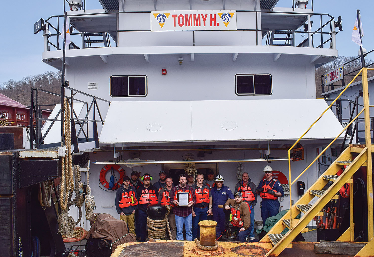 The mv. Tommy H. (Photo courtesy of Campbell Transportation Company)