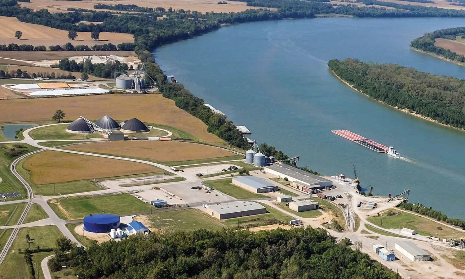 Aerial view of the Henderson Country Riverport at Ohio River Mile 808.