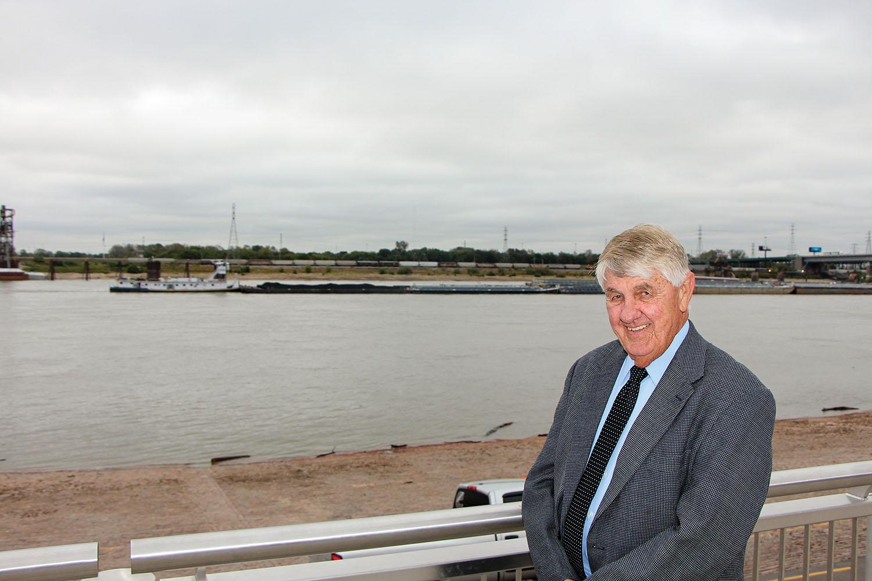 Nick Nichols, St. Louis Port Leader, Dies