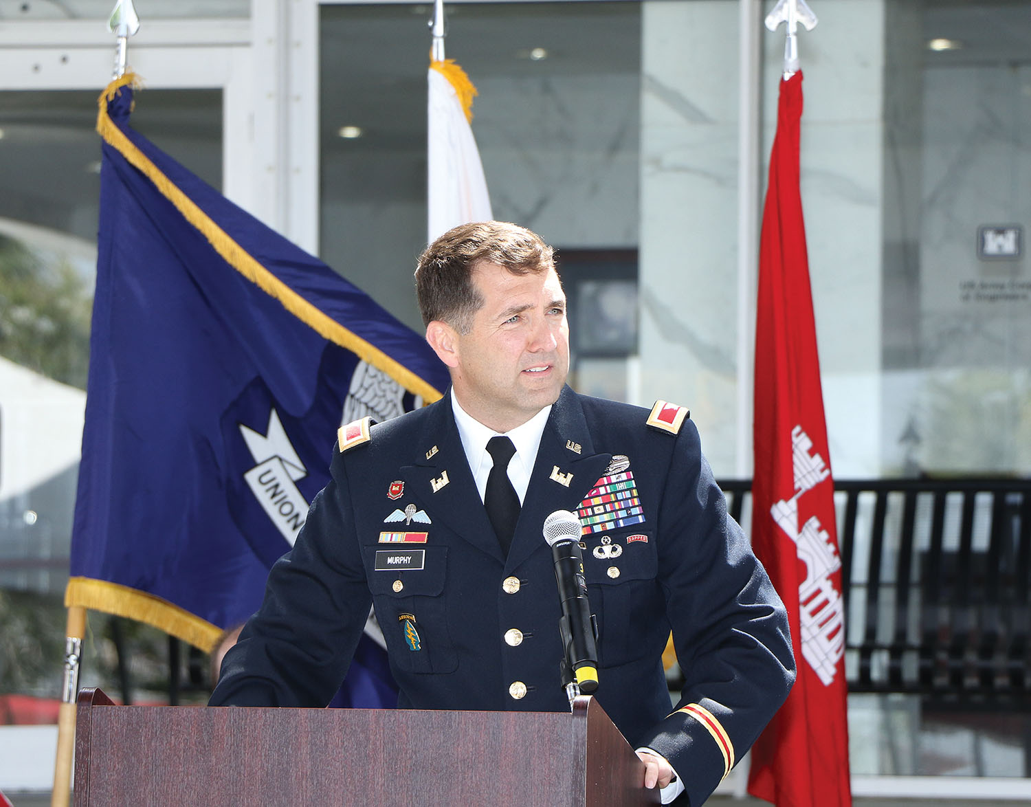 Col. Stephen Murphy speaks at change of command ceremony. (Photo courtesy of New Orleans Engineer District)