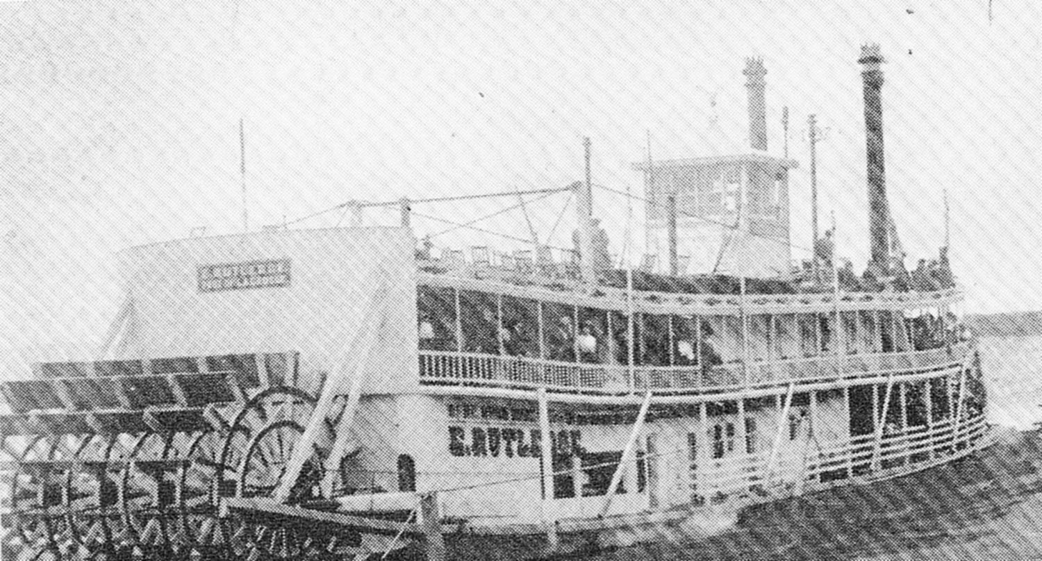 The rafter E. Rutledge on the Upper Mississippi River.