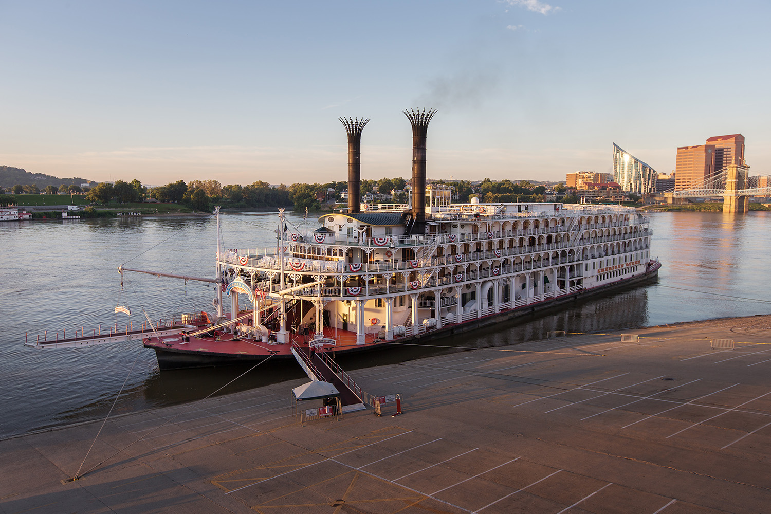 Mississippi River Mayors, Federal Agencies and Cruise Industry Partner on Water Quality Project