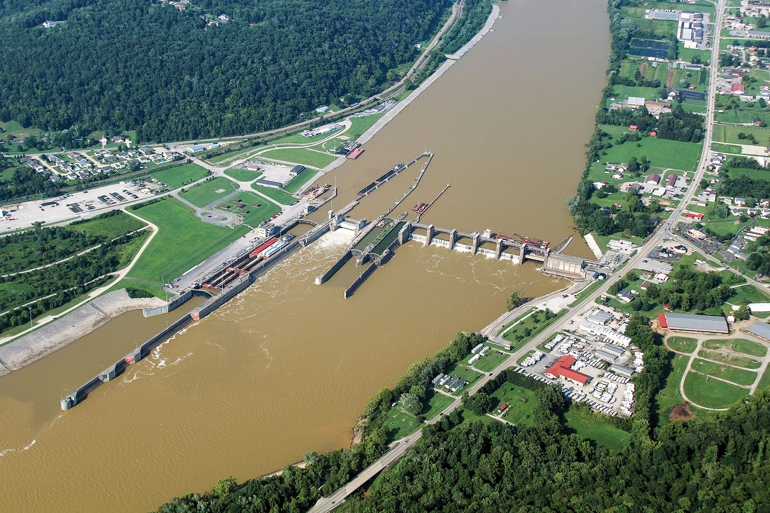 The Corps of Engineers recently completed a lock-repair project at Winfield Locks and Dam on the Kanawha River 25 days ahead of schedule. (Photo courtesy of Huntington Engineer District)
