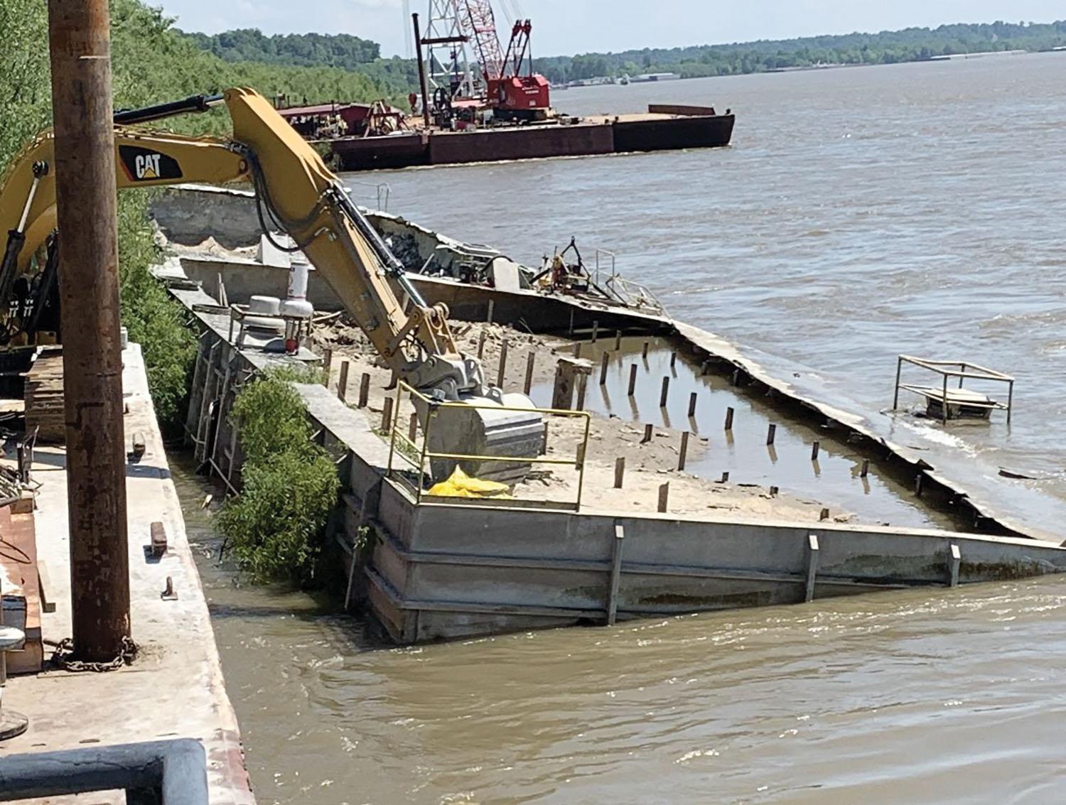 Okie Moore Completes Salvage Of Cement Barge
