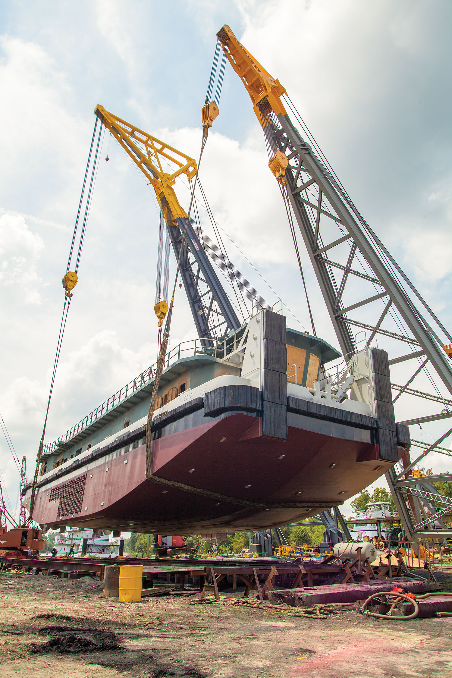 Verret_Launches_Towboat