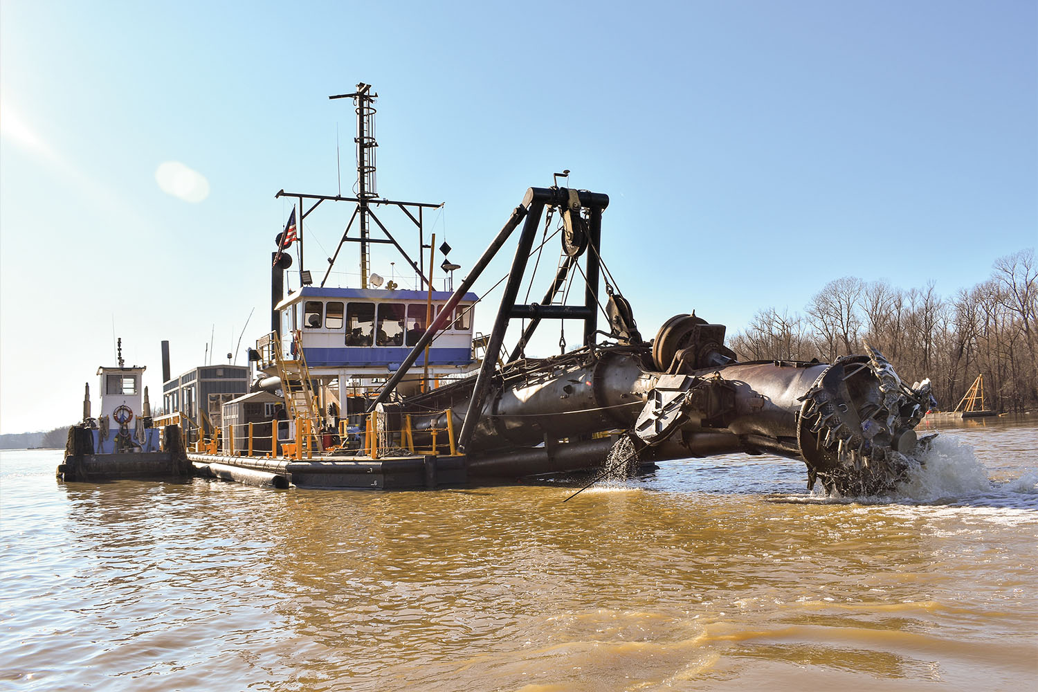 Inland Dredging Company Wraps Up Contract