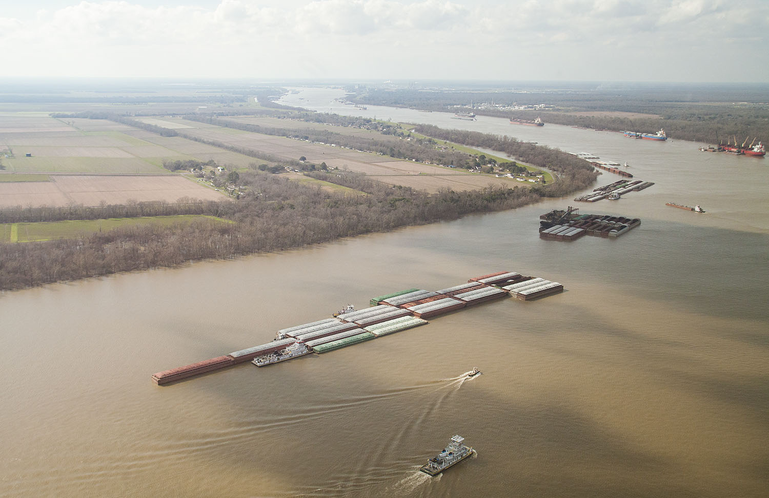 The Corps' 2020 work plan includes $85.35 million to initiate the first phase of deepening the Mississippi River from the Baton Rouge, La., to the Gulf of Mexico to 50 feet. (Photo by Frank McCormack)