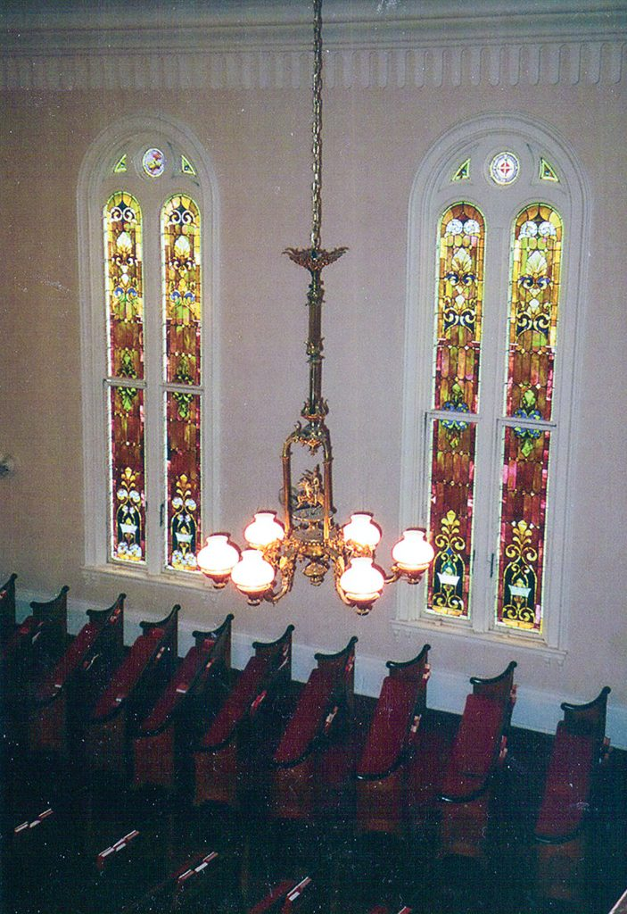 One of three chandeliers from the Lee now in the sanctuary of the First Presbyterian Church at Port Gibson, Miss. Photo by Keith Norrington)