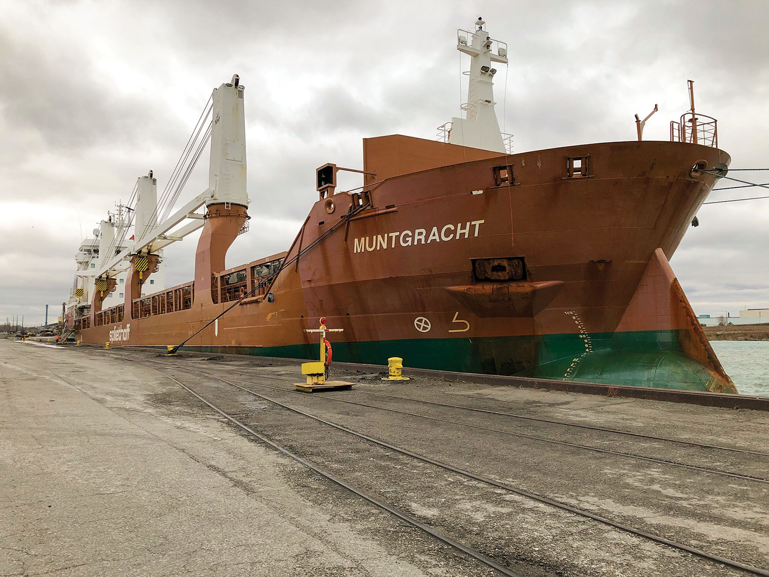 The mv. Muntgracht delivered 1,650 tons of wind turbine hubs and nacelles from Spain to the Port of Indiana-Burns Harbor. (Photo courtesy of Ports of Indiana)