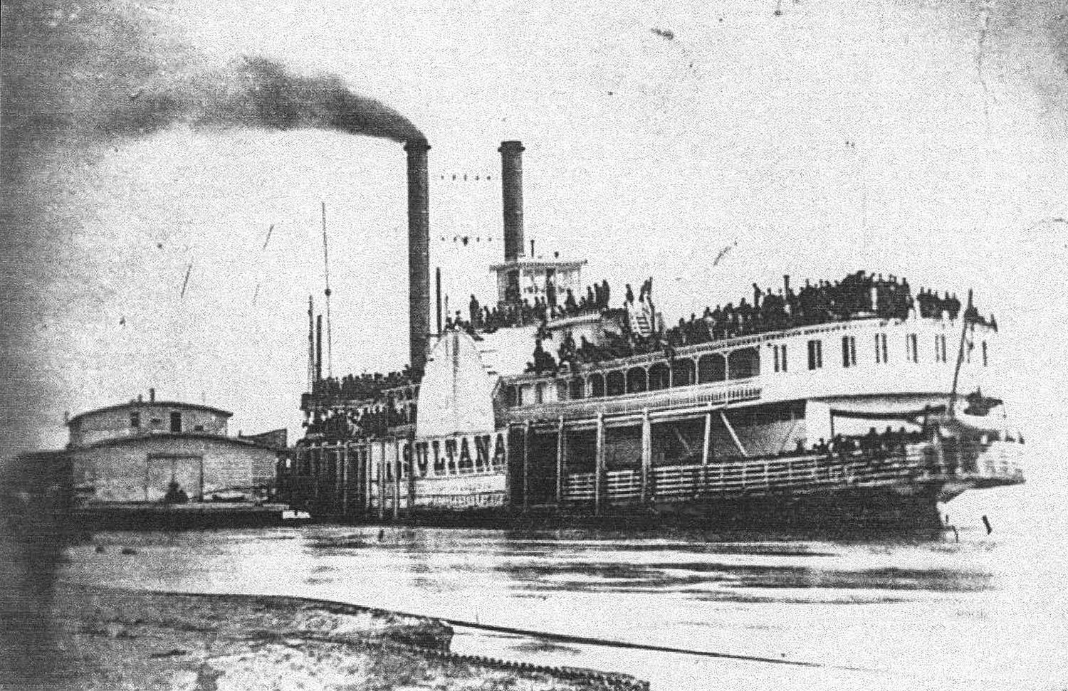 The Sultana at  the Helena, Ark., wharfboat. (Keith Norrington collection)