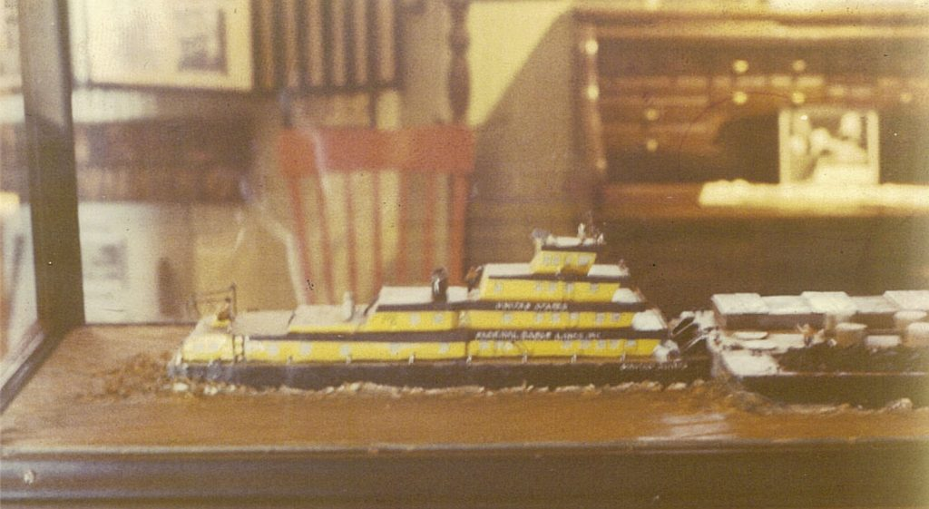 Another 1970 view of the United States model. Seen through the case is the roll-top desk used by Capt. Donald T. Wright during his tenure as publisher of The Waterways Journal. (Keith Norrington collection)