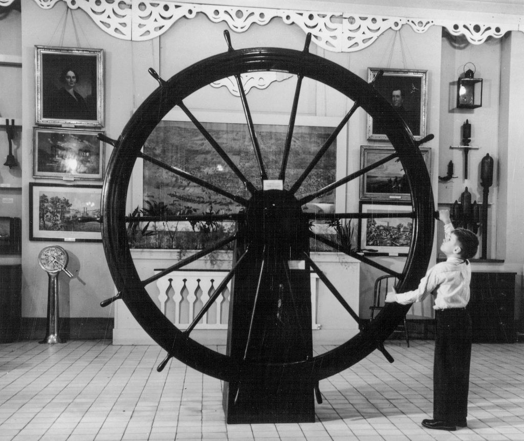 The pilotwheel of the Susie Hazard in the Port of St. Louis Gallery at the Missouri Historical Society, 1959. (Keith Norrington collection)