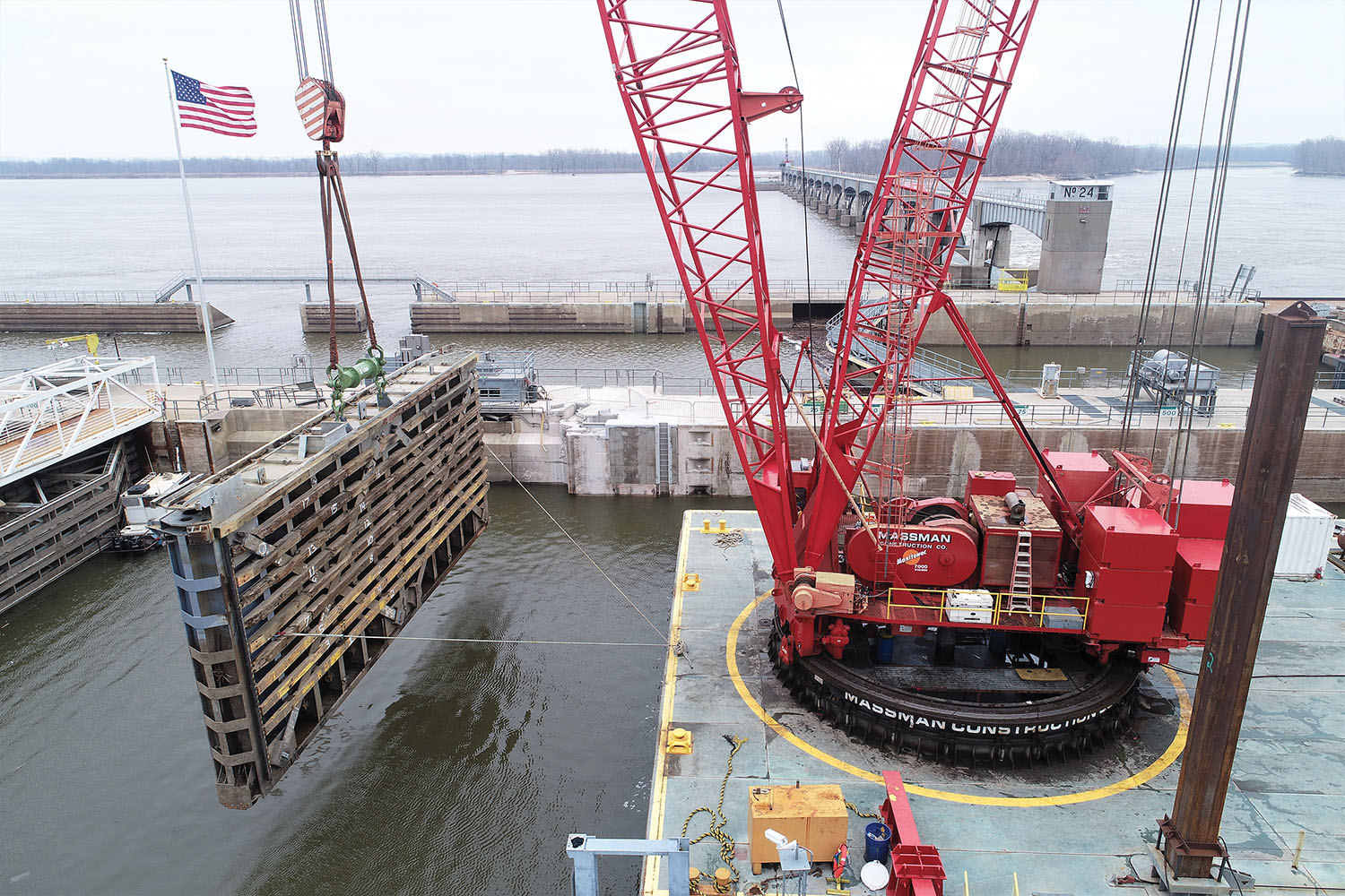 Massman Replaces Anchorages At Locks 24 And 25