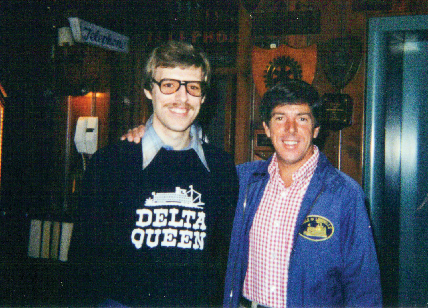 Student and mentor: Keith Norrington and Capt. Doc Hawley at the Sons & Daughters of Pioneer Rivermen meeting, Marietta, Ohio, 1979. (Keith Norrington collection)