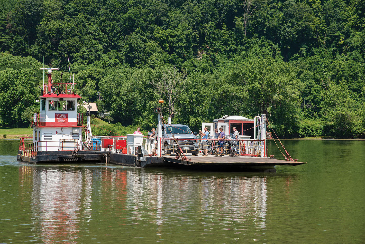 Sistersville Ferry Back In Operation