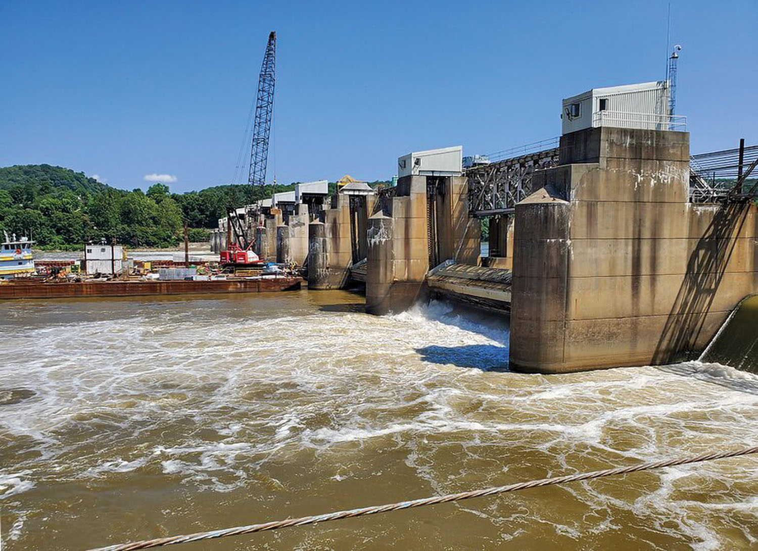 The Pittsburgh Engineer District has approved a $12.9 million contract with Joseph B. Fay Company of Pittsburgh, Pa., to replace the final two Montgomery Dam lift gates. (Photo by Andrew Byrne/Pittsburgh Engineer District)