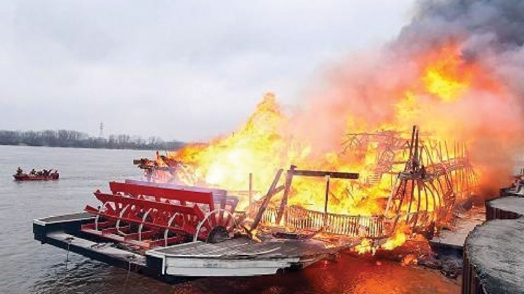 The fiery end of the Lt. Robert E. Lee in March 2010. (Keith Norrington collection)