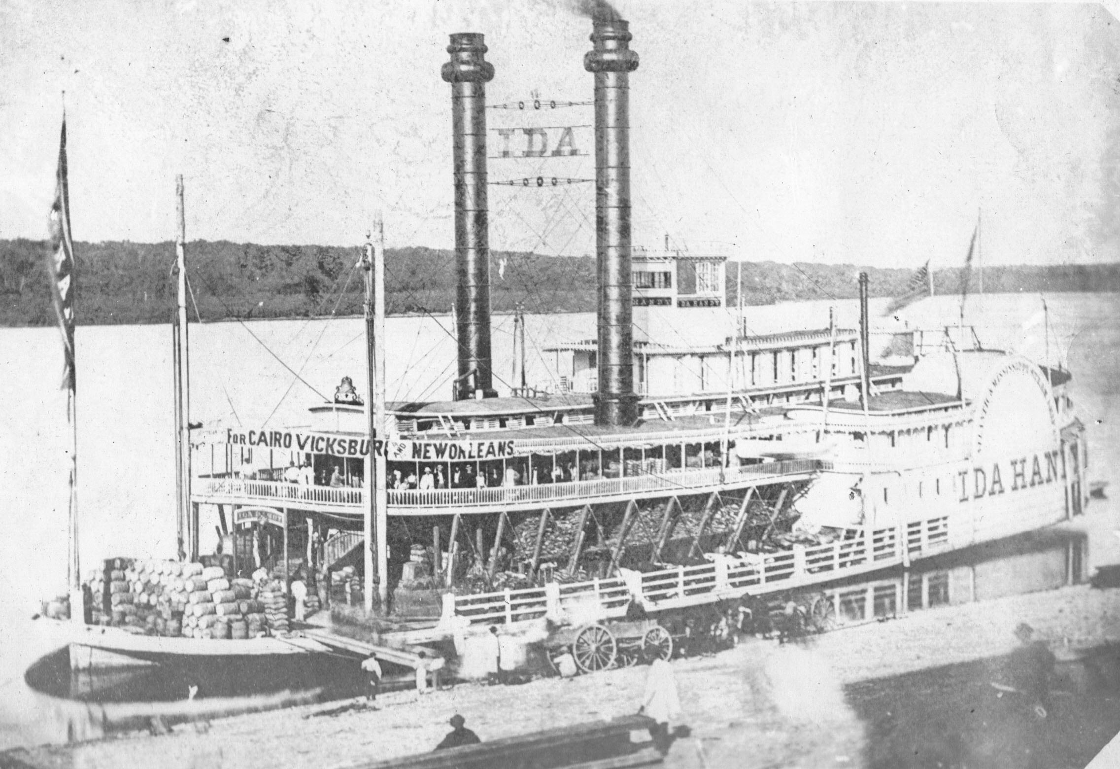 The only known image of the steamer Ida Handy. (Keith Norrington collection)