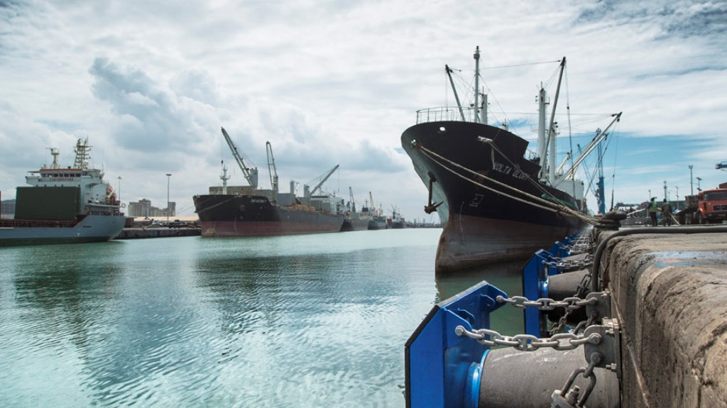 Trelleborg To Help Update PIANC Guidelines for Fender Systems
