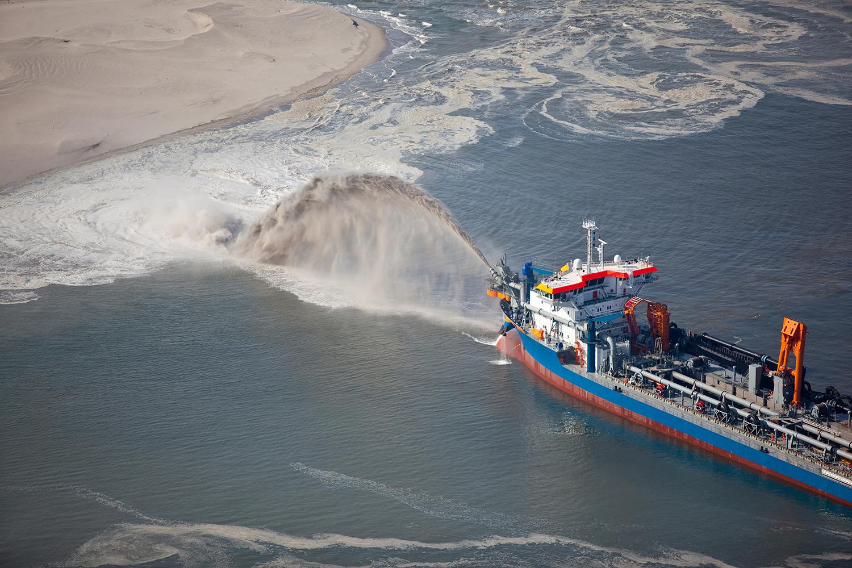 Stromag Provides Coupling Solution for Dredging Vessel Platform