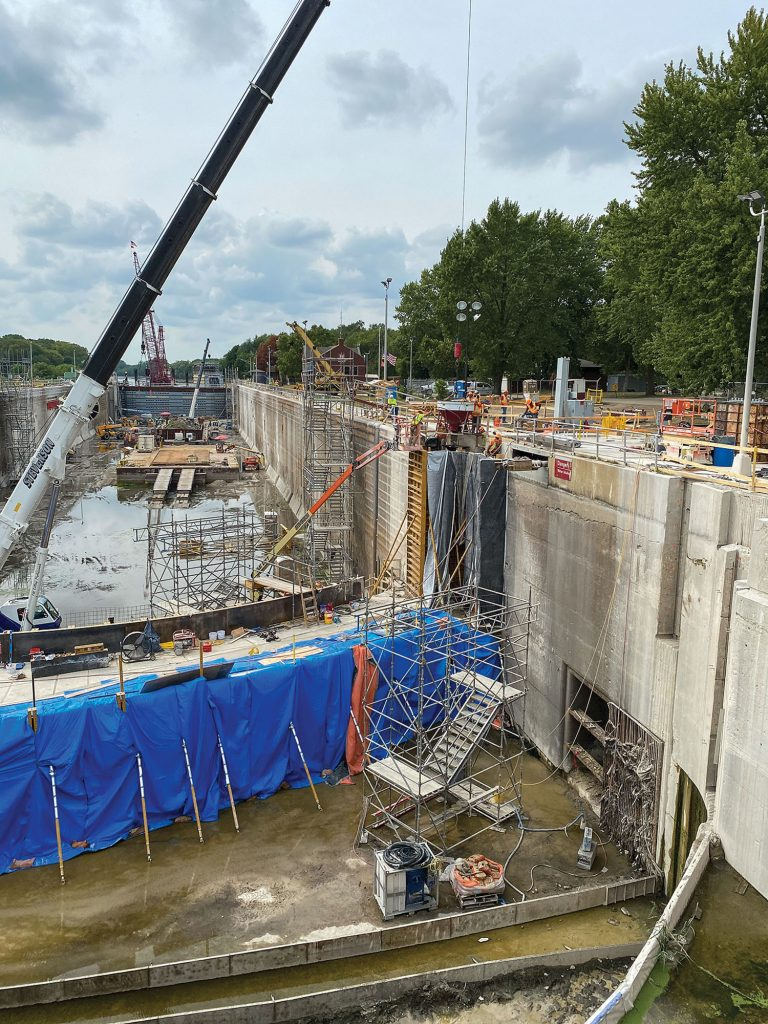 The Starved Rock Lock was dewatered as part of the project. (Courtesy of Alberici Constructors)