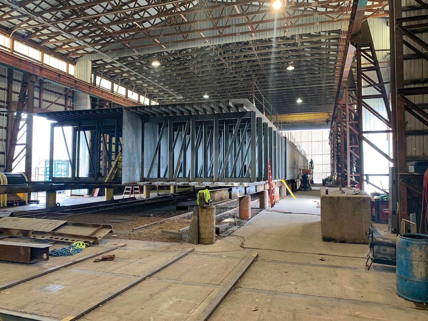 Yager Marine was awarded the bid for a spud barge for a new material handler at the Owensboro (Ky.) Riverport Authority. This photo shows a deck barge currently under construction at Yager Marine. (Photo courtesy of Yager Marine)