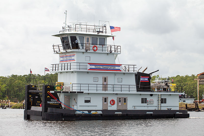 ACBL Puts Pair Of New Z-drive Towboats Into Service