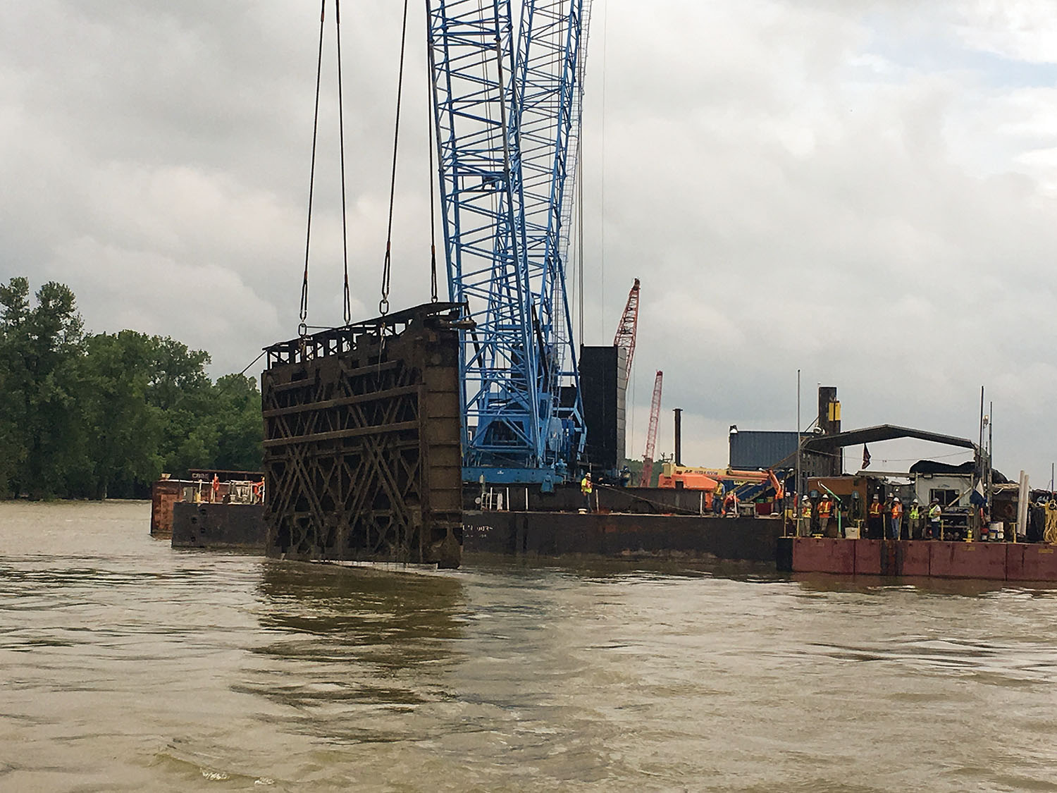 Miter gates are removed from the former Locks and Dam 53 in December 2019. (Photo courtesy Louisville Engineer District)