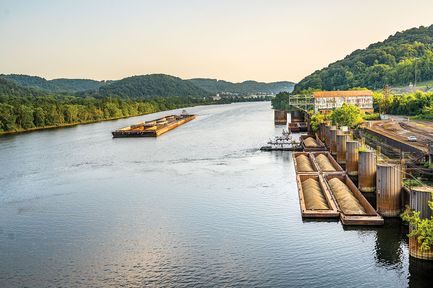 Mooring cells at Ohio River Mile 62 are back open, and barges are being fleeted as part of an agreement the Frontier Group of Companies signed with Industry Terminal & Salvage (IT&S) the last week of July. IT&S will serve as port operator and stevedore for the Weirton Frontier Crossings site, the former home of Weirton Steel and Arcelor-Mittal USA in Weirton, W.Va. (photo courtesy of Frontier Group of Companies)