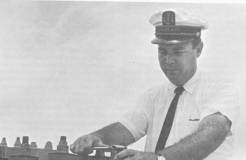 Capt. Bill Streckfus tuning the calliope atop the S.S. Admiral in 1964.(Keith Norrington collection)